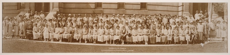 Extension course for graduates in Nursing, University of Toronto, 1925