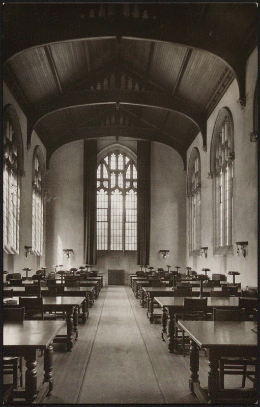 Men's Reading Room at the Birge–Carnegie Library at Victoria College, prior to 1948