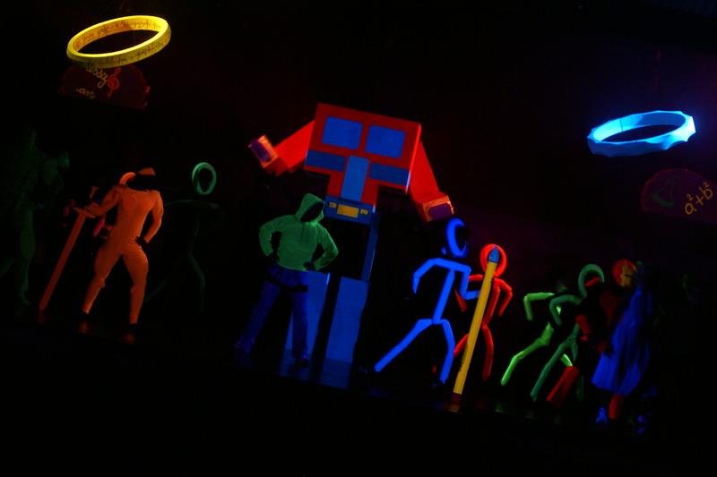 Blacklight show 2009