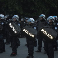 g20 police advancing.jpg